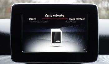 MERCEDES CLASSE GLA 180 D CDI complet