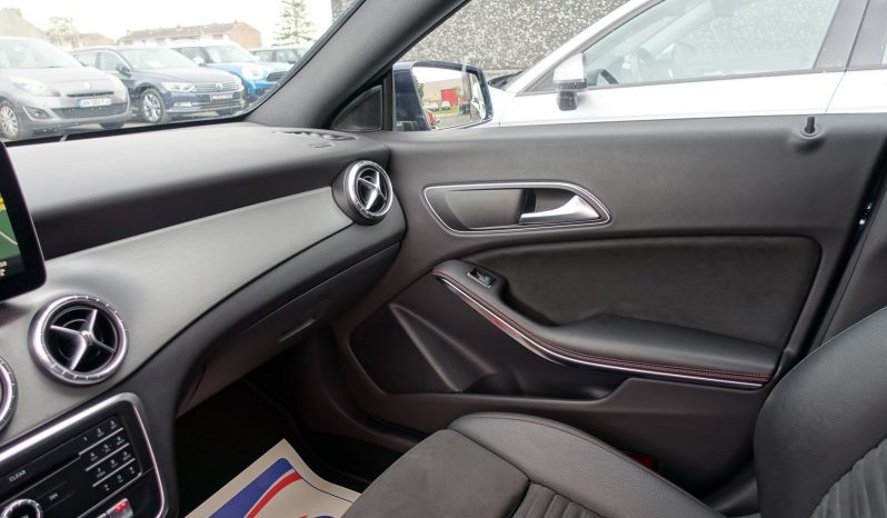 MERCEDES CLASSE CLA 200 CDI SHOOTING PHASE 2 AMG LINE complet