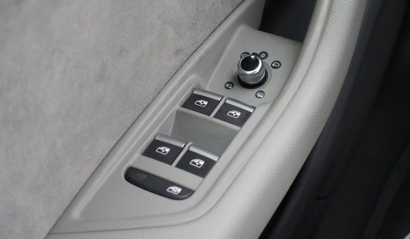 AUDI A4 AVANT 2.0L TDI ULTRA 150 CH DESIGN complet